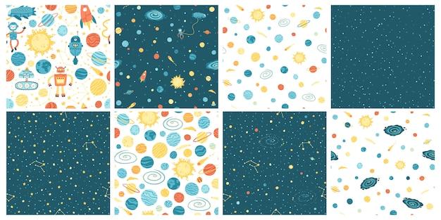 Conjunto con patrones sin fisuras de espacio con nave espacial extraterrestre, cohetes, astronautas y robots con planetas de colores y estrellas. ilustración infantil dibujada a mano en estilo escandinavo simple