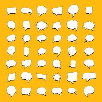 Conjunto de pegatinas de burbujas de discurso para cómics. burbujas vacías del discurso cómico.