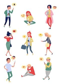 Conjunto de personas con teléfonos móviles. chicas y chicos que usan aparatos para comunicarse. citas en línea. tema de redes sociales