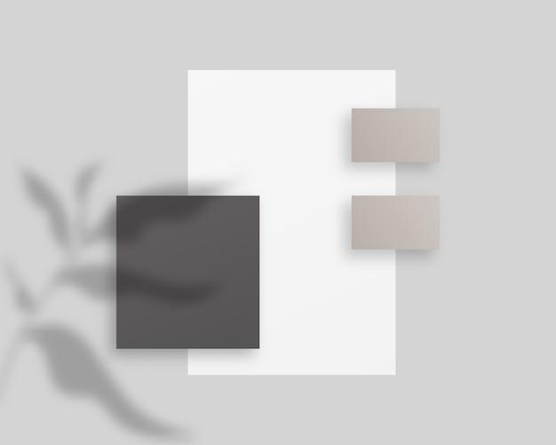Conjunto de plantillas de identidad corporativa. papelería comercial con papel, tarjetas de visita. . modelo . ilustración realista