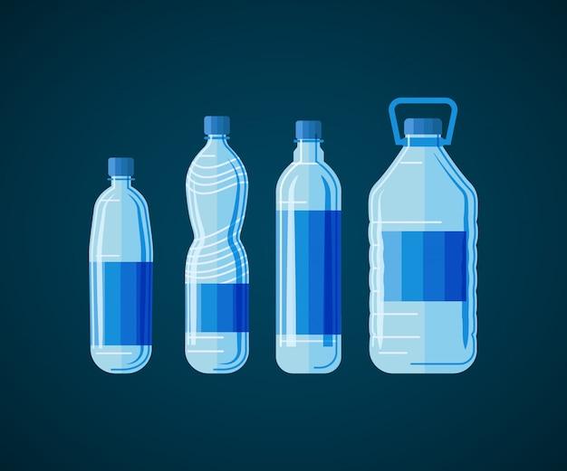 Conjunto plástico de la botella de agua aislado en el fondo blanco.