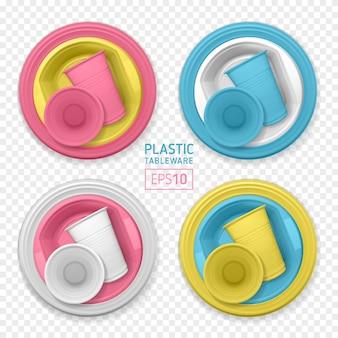 Conjunto de platos de plástico multicolores realistas. vajilla desechable
