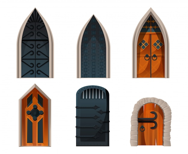 Conjunto de puertas, entradas medievales de madera y metal.