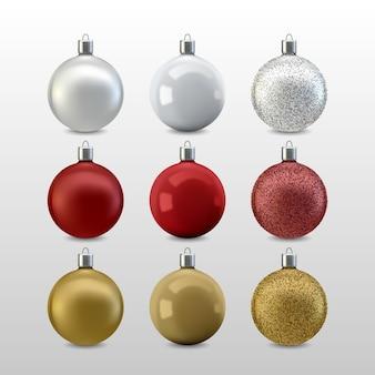 Conjunto realista de bolas de navidad