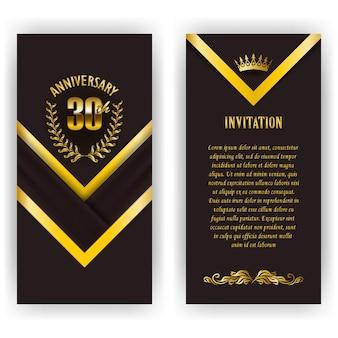 Conjunto de tarjeta de aniversario, invitación con corona de laurel, número. emblema decorativo de oro del jubileo sobre fondo negro. elemento de filigrana, marco, borde, icono, logotipo para web, diseño de página en estilo vintage