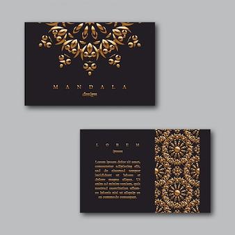Conjunto de tarjetas doradas de negocios ornamentales con mandala y patrón
