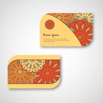 Conjunto de tarjetas de mandala dibujadas a mano ornamentales, negocios, plantilla de visita. estilo decorativo vintage. motivo otomano indio, asiático, árabe, islámico.