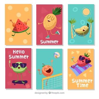 Conjunto de tarjetas de verano con caricaturas de frutas