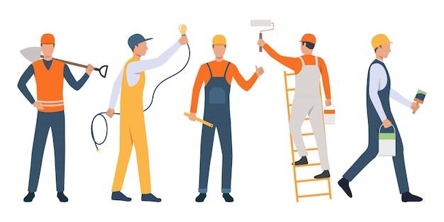 Conjunto de trabajadores modernos reparando casa
