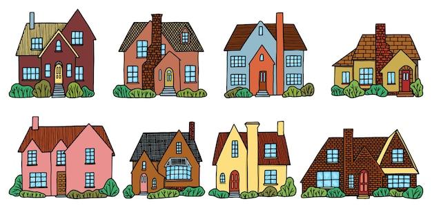 Conjunto de varias casas de campo encantadoras. colección de ilustraciones vectoriales dibujadas a mano en estilo sencillo. dibujos coloridos aislados sobre fondo blanco.