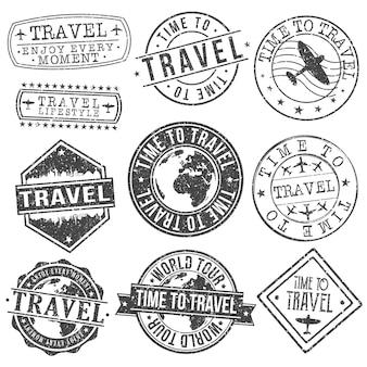 Conjunto de viaje de diseños de estampillas de viajes y turismo.