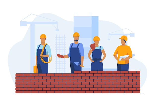 Constructores profesionales haciendo pared de ladrillo. sitio, casco, constructor ilustración vectorial plana. construcción e ingeniería