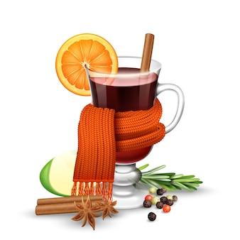 Copa de vino caliente realista con especias envueltas en bufanda caliente