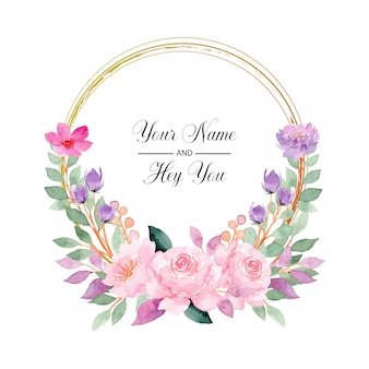 Corona de flores rosadas con acuarela