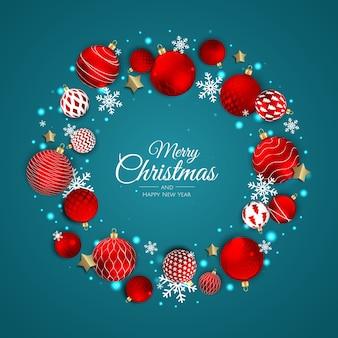Corona de navidad con bolas y copos de nieve.