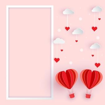 Corte de papel del corazón globo con nube