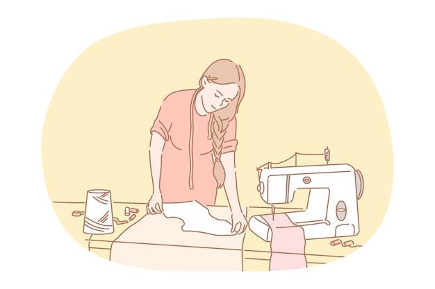 Costura, corte y confección, atelier, concepto de diseñador. modista de personaje de dibujos animados de mujer joven cosiendo ropa con máquina de coser y equipo en estudio. costurera, ropa, moda, costura, alcantarillado