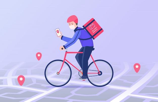 Courier ride en bicicleta y llevar paquete de entrega de máscara llevar a la dirección