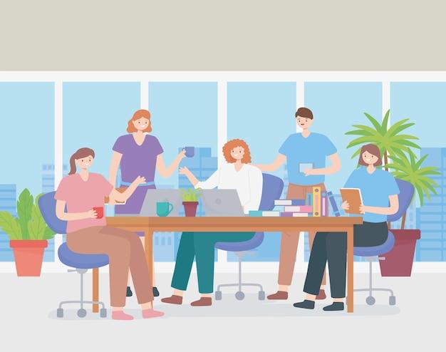 Coworking, empresarios y empresarias se encuentran con compañeros, actividad profesional.
