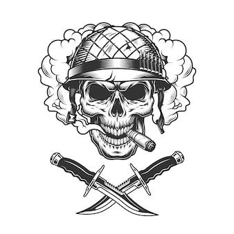 Cráneo de soldado vintage en nube de humo