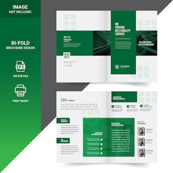 Creativo diseño de plantilla de folleto de doble pliegue corporativo