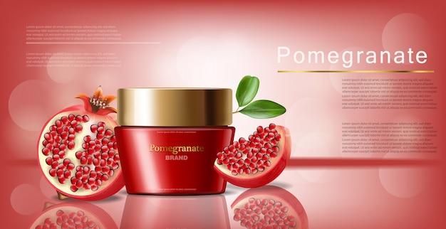 Crema facial de granada realista, cosméticos rojos, fondo rosa