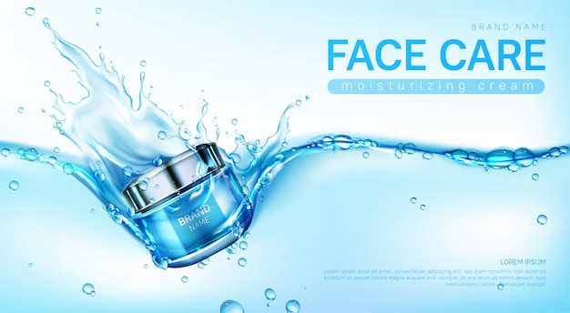 Crema facial hidratante en salpicaduras de agua