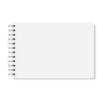 Cuaderno encuadernado en espiral cerrado realista blanco.