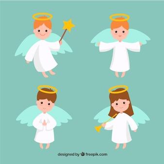 Cuatro ángeles de navidad planos