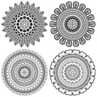 Cuatro mandalas blanco y negro