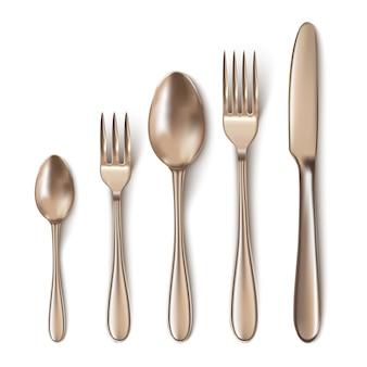 Cubiertos de bronce modernos con cuchillo de mesa, cuchara, tenedor, cuchara de té y cuchara de pescado.