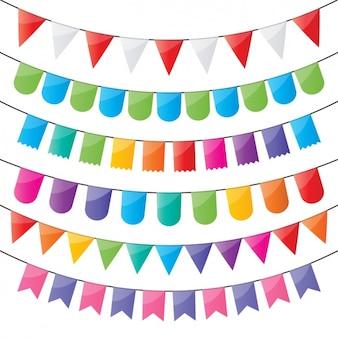 Cuerda con adornos de colores