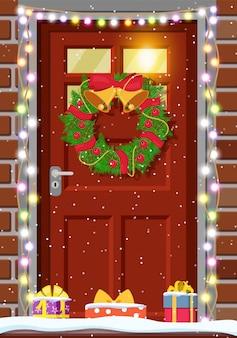 Decoración de puerta de navidad.