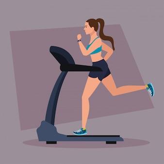 Deporte, mujer corriendo en cinta, deportista en la máquina de entrenamiento eléctrico