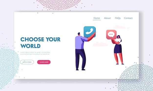Desarrollo de contenido de aplicaciones, personajes masculinos y femeninos con iconos de aplicaciones móviles de teléfono y mensaje en las manos, página de destino del sitio web de tecnología, página web. ilustración de vector plano de dibujos animados