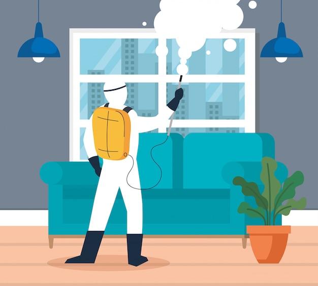La desinfección del hogar mediante el servicio de desinfección comercial, el trabajador de desinfección con traje protector y spray evitan que covid 19 en la sala de estar