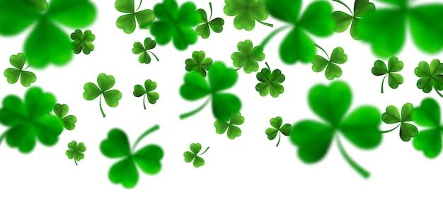 Día de san patricio con tréboles verdes de cuatro hojas y árboles en 3d. símbolos irlandeses de suerte y éxito.