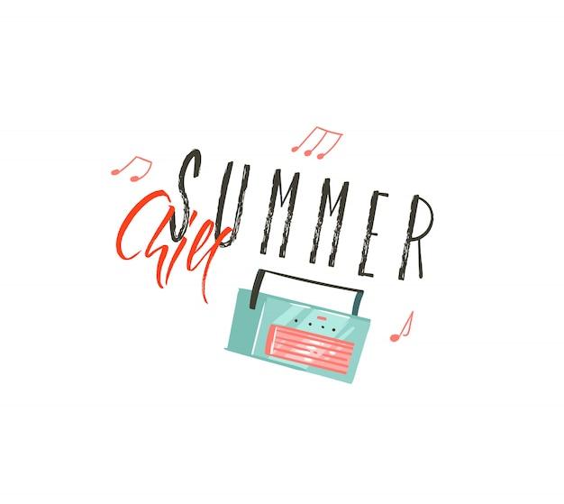 Dibujado a mano arte de ilustraciones de horario de verano de coon con tocadiscos de música y cita de tipografía summer chill sobre fondo blanco