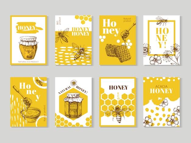 Dibujado a mano carteles de miel. envasado de miel natural con diseño de vector de abeja, panal y colmena