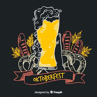 Dibujado a mano cerveza de barril oktoberfest con espuma
