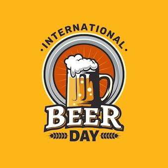 Dibujado a mano el concepto del día internacional de la cerveza