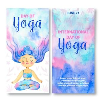 Dibujado a mano el día internacional del yoga banner vertical