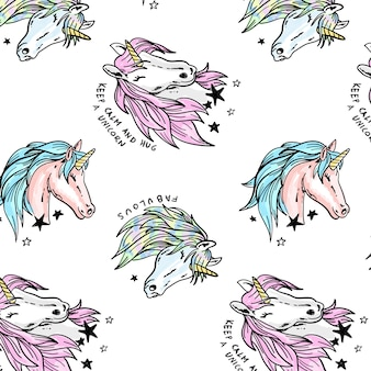 Dibujado a mano patrón de unicornio