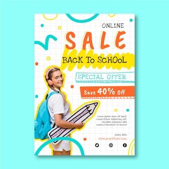 Dibujado a mano plantilla de volante de venta vertical de regreso a la escuela con foto