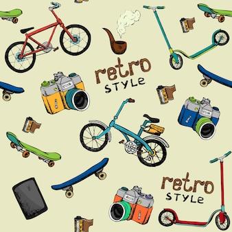 Dibujado a mano vector retro técnica patrón de fondo sin fisuras: cámara, bicicleta, patín, película