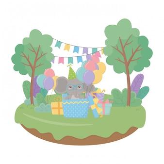 Dibujos animados de elefante con icono de feliz cumpleaños