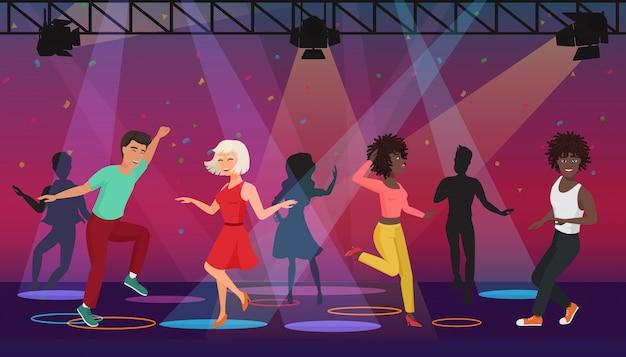 Dibujos animados multi personas éticas bailando en focos coloridos en discoteca. fiesta nocturna.