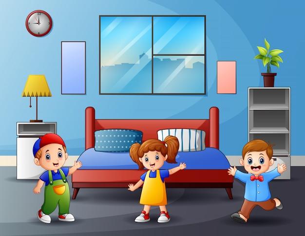 Dibujos animados de niños felices en el dormitorio
