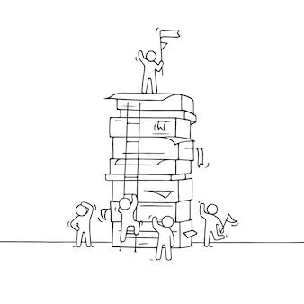 Dibujos animados trabajando personas pequeñas con gran pila de papel.ilustración dibujada a mano para diseño de negocios.