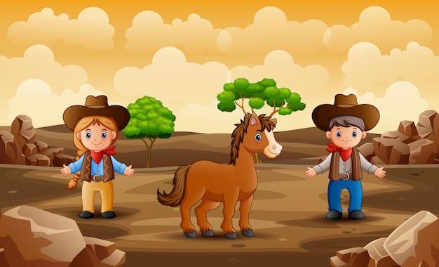 Dibujos animados de vaquero y vaquera con un caballo en el desierto